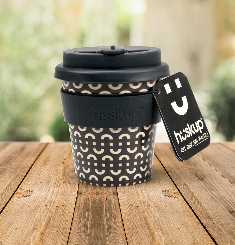 Coffee cup Huskup brand